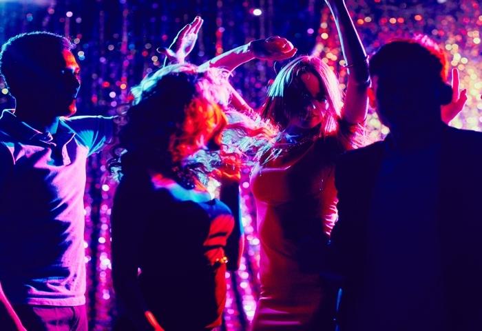 Soirées-Dansantes