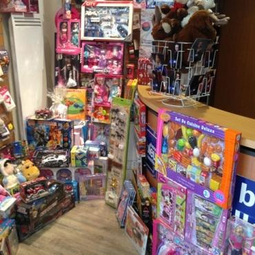 Pas-de-Noel-sans-jouets-Perpignan-2014-segara-lenorman-zenatti-miro-tovati-France-Bleu-12