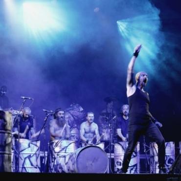 Concert des Tambours du Bronx au festival Pau Music Live 2021, en pammarge de la Foire de Pau. Samedi 18 septembre 2021
